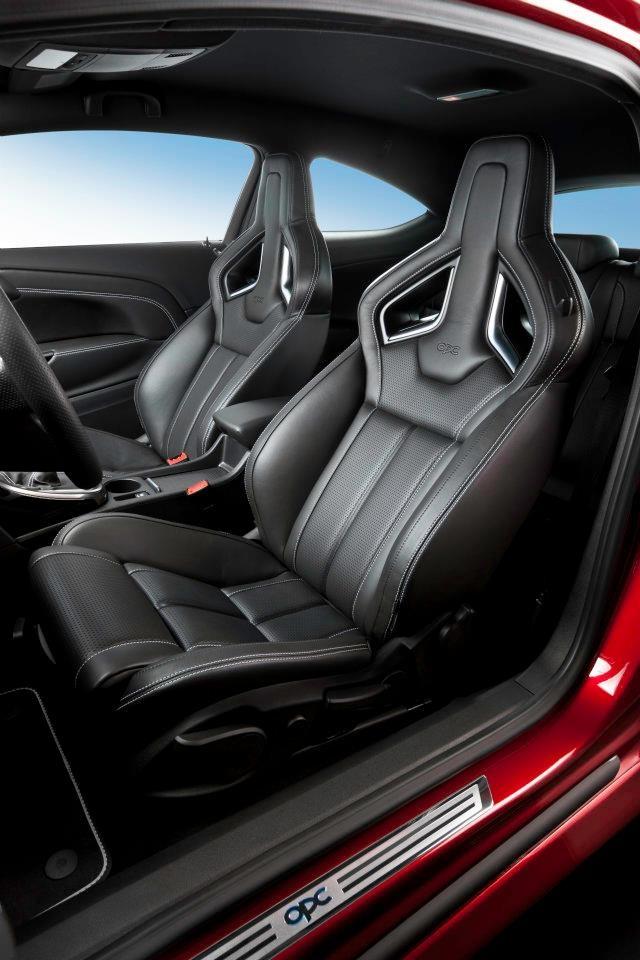 Opel Astra OPC - New seats