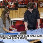 Tienda de segunda mano a los Compradores a Comprar 20,000 Dólares de la época de Vuelo de la NASA Trajes de $1.20