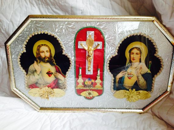 Catholic Diorama Curved Glass Jesus Mother Mary Crucifix