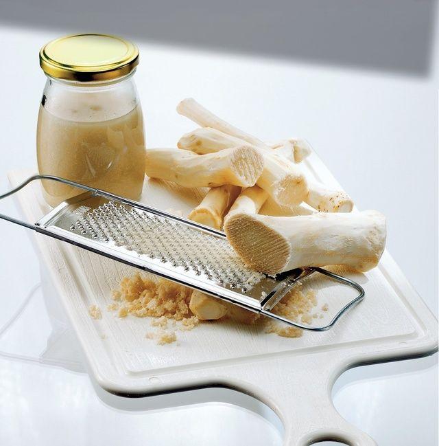 Tymian pri kašli, chren na dutiny, med na popraskanú kožu. Pozrite sa aké prírodné látky vám pomôžu na vaše problémy.