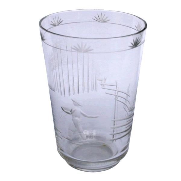 A glass vase by Karhulan Lasi