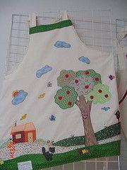 DSC04585 (cantinhodahakathi.blogspot.com/) Tags: flores artesanato fuxico escola patchwork avental cozinha molde costura appliqu patchcolagem panodecopa cantinhodahakathi hakathi