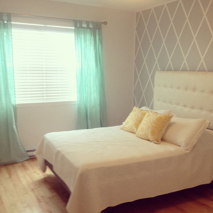 Spare bedroom simple soft style