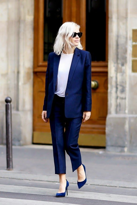 tailored blue suit + pumps #work #style