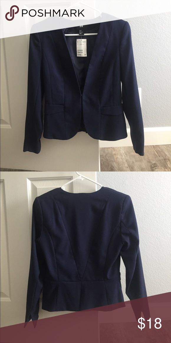 New H&M Navy blue blazer with front clasp Never worn, tag still on. Super cute! H&M Jackets & Coats Blazers