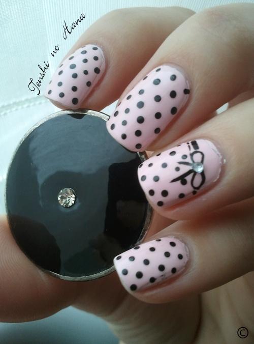 need to try this one!: Nails Art, Nailart, Cute Nails, Poka Dots, Polka Dots Nails, Black Dots, Hair Nails, Things, Pink Black