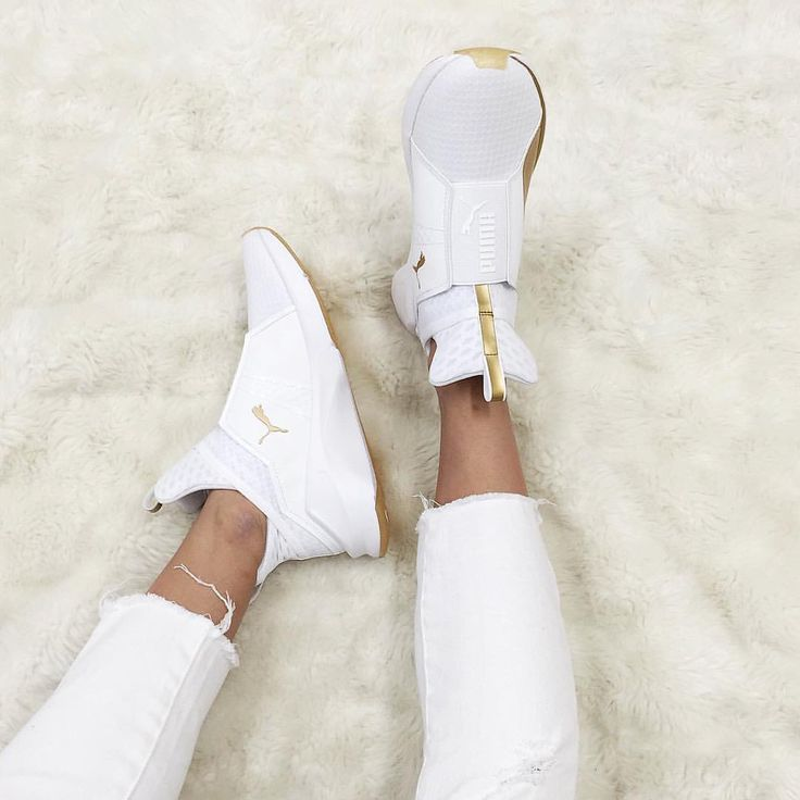 A little touch of gold ✨ Equal parts edgy and street, add the PUMA Fierce Gold in White to your life for a luxe athleisure look  Available now at Stylerunner.com #stylerunner #stylesquad