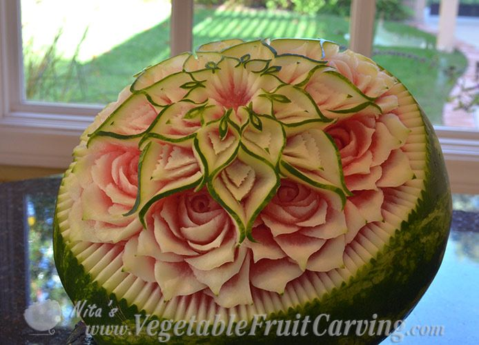 side view of Thai watermelon carving pattern
