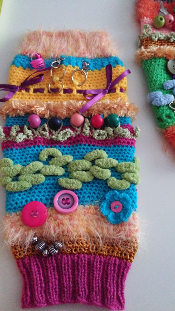 Free Crochet Pattern For Twiddle Muff : 17 Best images about Crochet/Knit Twiddle Muffs on ...
