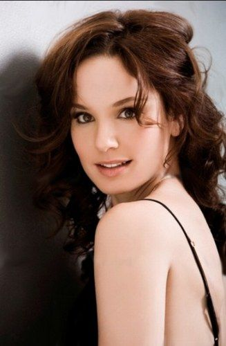 Sarah Wayne Callies - photo postée par hanaa922 - Sarah Wayne Callies - l'album du fan-club - aufeminin