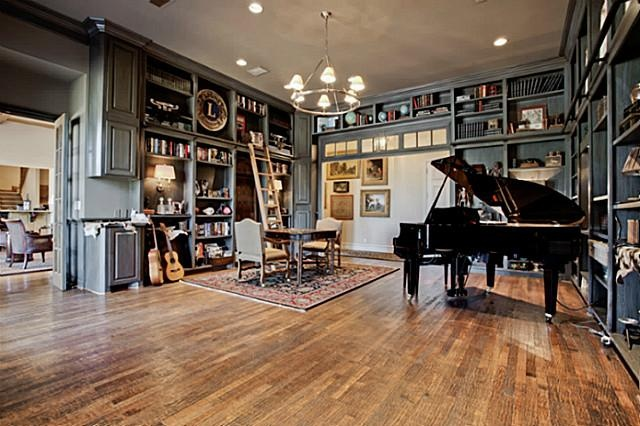 piano/music room & library