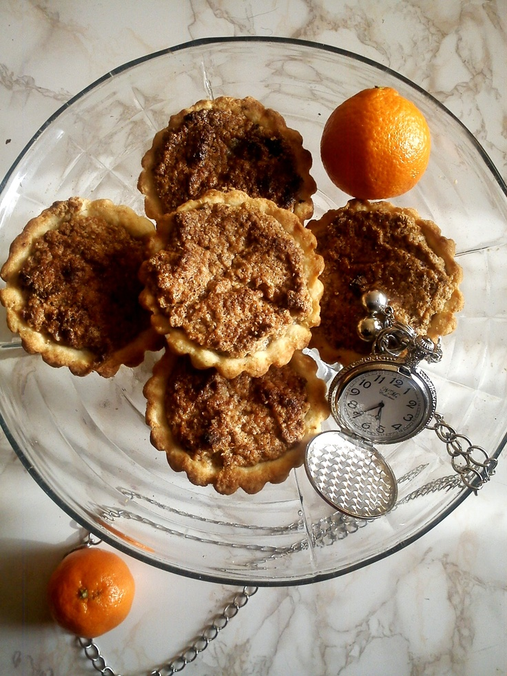 Cosulete cu nuca (Baskets with walnuts mousse)