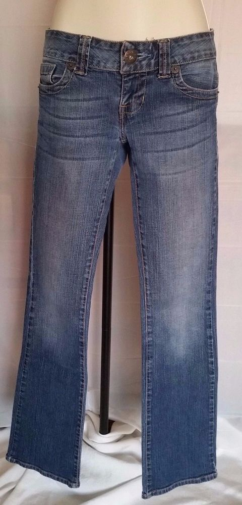 GUESS Womens Jeans Size 26/32 Daredevil Boot Medium Wash Stretch EUC  #GUESS #BootCut