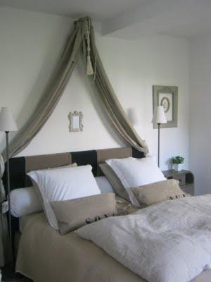 bed n ceiling