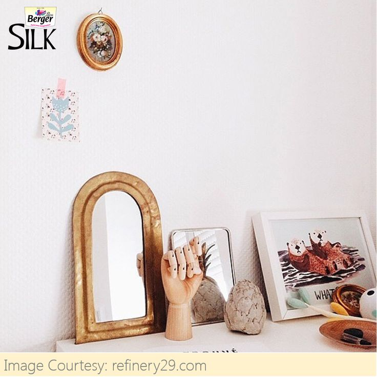 Sometimes, several small pieces of decor can have more impact than a single large one. #HomeDecor #TipsAndTrends #HomeSweetHome #DuniyaDekhegi