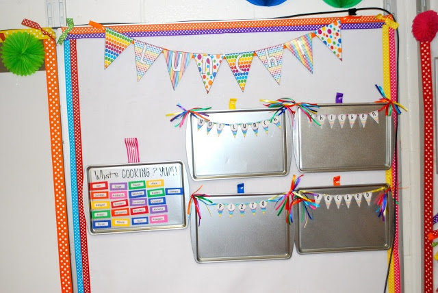 Use Baking Pans To Make Mini Magnetic Boards Where There