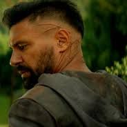 This is Manu Bennett. the saving grace of the Shannara TV series. Manu has starred in several fantasy programs.