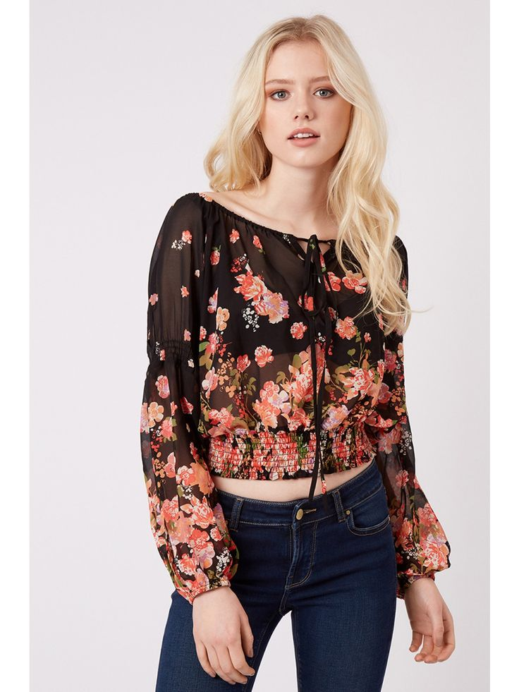 Z2018  Channel some hippie-chic vibes this season with this gorgeous gypsy top! This blouse features long sleeves, tie detailing at the front and loose fit. The lig...