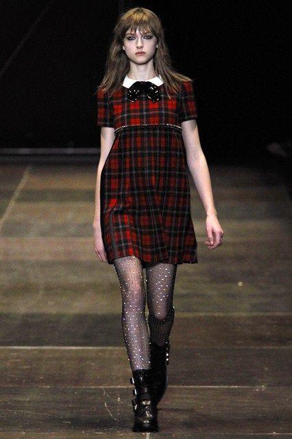 Saint Laurent - www.vogue.co.uk/fashion/autumn-winter-2013/ready-to-wear/saint-laurent/full-length-photos/gallery/950341