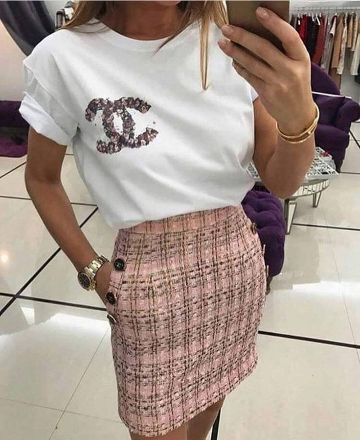 trendy, trend, fashion, 2017, 2016, 2015, 2018, love, hippie, street, casual, luxury, style, outfits, outfit, woman, clothes, shopping, shopaholic, dress, overal, jeans, t-shirt, skirt, shorts, high heels, shoes, shorts, tommy hilfiger, curly hair, hair, model,