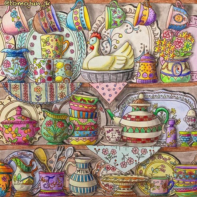・ 連投すみません カラフル食器棚・・・塗ってみました すごいことになってしまいました ・ ・ #大人の塗り絵#コロリアージュ#ロマカン#ロマンティックカントリー #ロマンティックカントリー3 #romanticcountry #tomojunロマカン #coloriage#colouring#colouringbook #adultcoloringbook #adultcoloring #食器棚#食器#エリー#eriy#おとなのぬりえ#大人のぬりえ#色鉛筆#油性色鉛筆