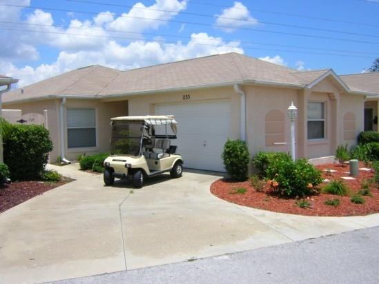 The Villages Florida Vacation Rentals - Courtyard Villa, 2BR/2BTH, Pet allowed, golf cart