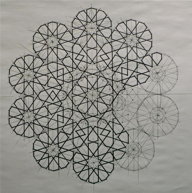 About | Art of Islamic Pattern - group of artists. great slideshow of their work. they also run courses