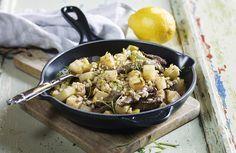Denne smakfulle ovnsretten kan anbefales. Her kan du bruke enten mørbrad eller flatbiff av storfe.