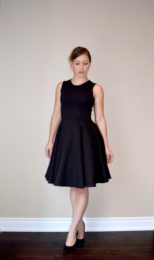 Perfect Little Black Dress Pattern | This little black dress pattern is perfect for every body shape!