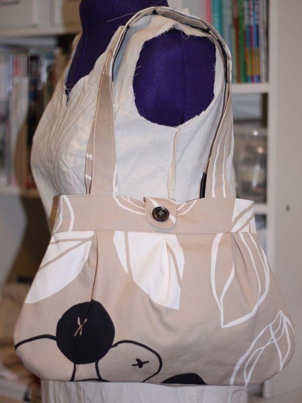 [love] by Lisa: Anya shoulderbag