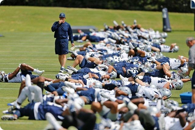 THE BOYS ARE BACK TO WORK: Sean Lee injury key topic at Jason Garrett's press conference | Anthony Hitchens needs time to become 'next man up'