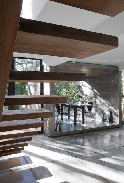 Dining Room @ Casa HAZP by Frederico Zanelato Arquitetos