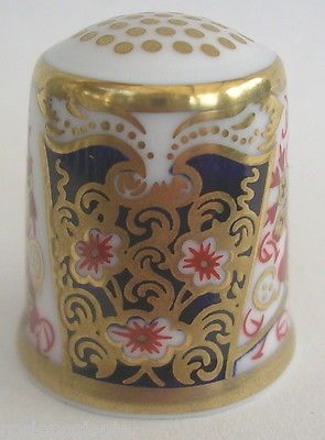 Traditional Imari Thimble The Historical Thimble Collection Royal Crown Derby