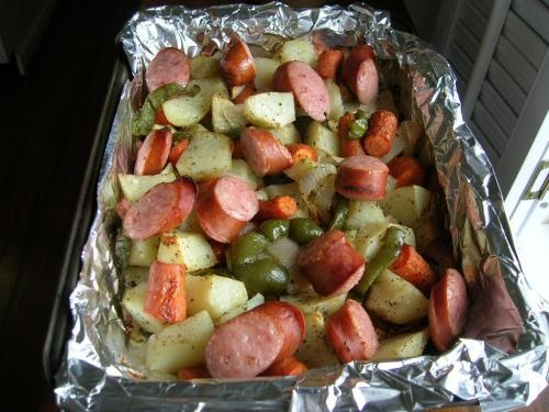 SMOKED SAUSAGE AND ROASTED VEGETABLES  - OK