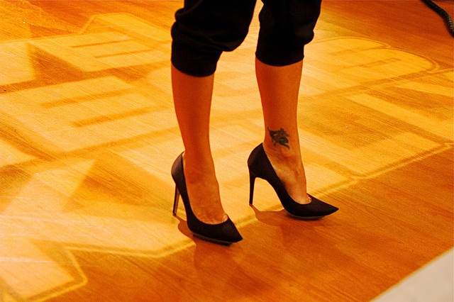 The ankle tattoo of Kelly Ripa