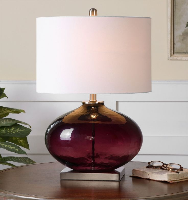 South Shore Decorating: Jim Parsons 26190-1 Tyrian Transitional Table Lamp UM-26190-1