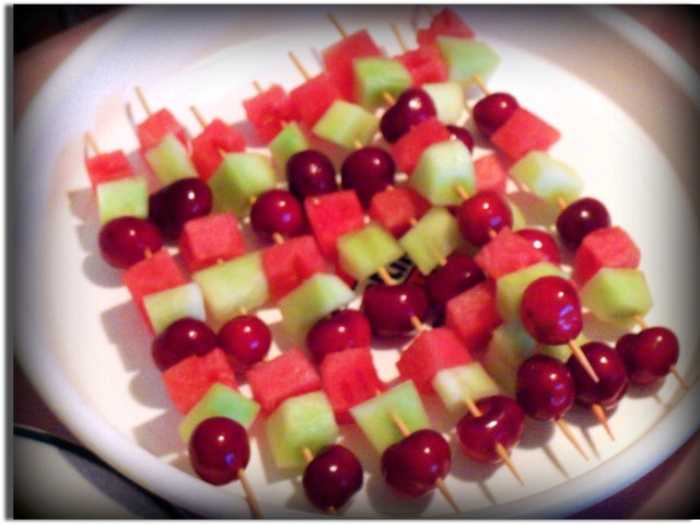 Fruit Kabobs  Recipe found on Kids Corner at  www.mommywhatsfordinner.wordpress.com A section run by an 11 year old designed to help get kids into the kitchen and learning.