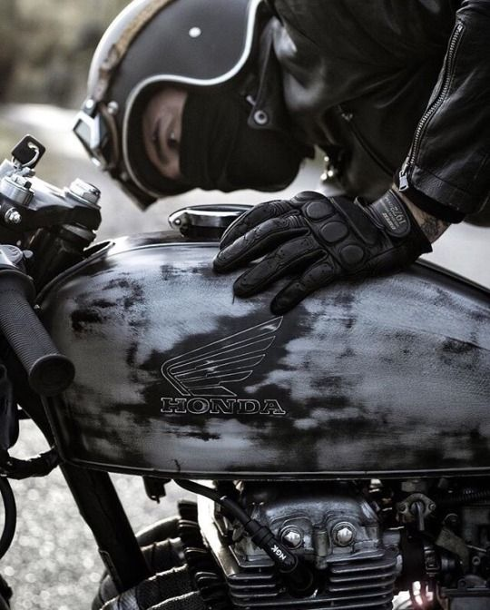 The cafe racer – man and machine.  #honda #caferacer #vintagemotorcycle