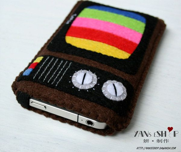 Retro Felt TV iPhone Cover