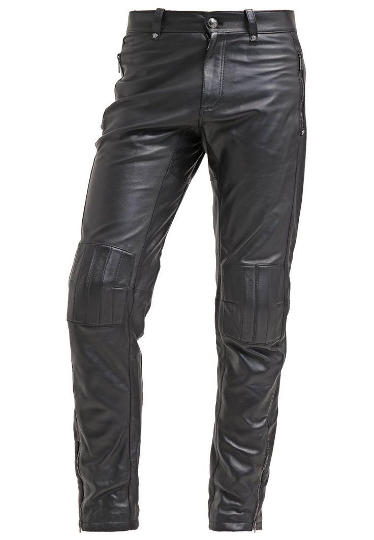 Versace Spodnie skórzane nero 10,409.00zł Materiał: 100% skóra #moda #fashion #men #mężczyzna #versace #spodnie #skórzane #nero #męskie #czarny #black #skóra