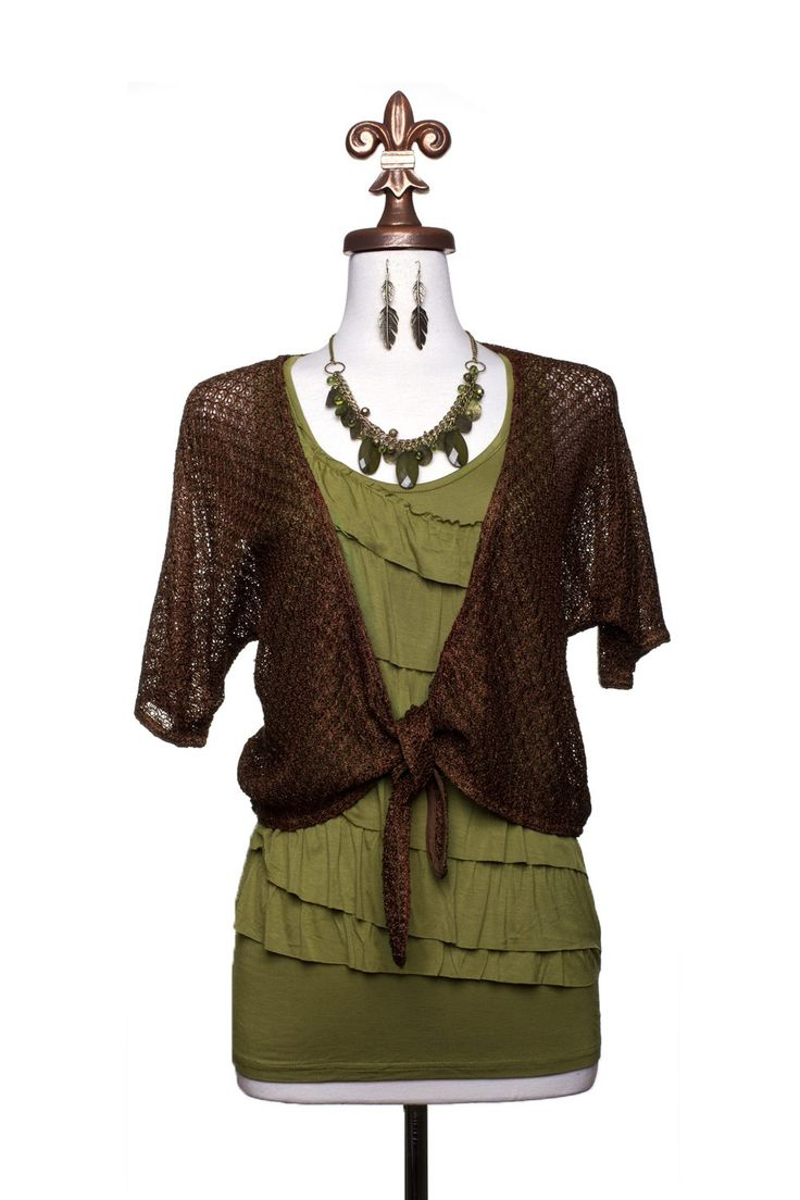 Dressing Your Truth - Type 3 Olive Paradise Necklace Outfit