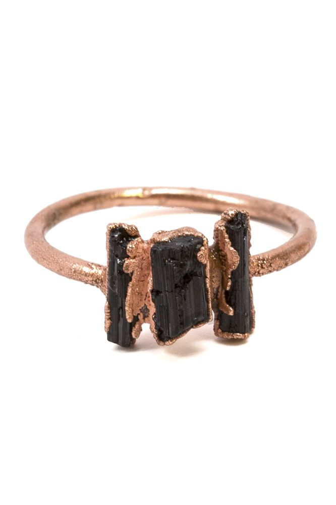 Pair this ring with your favorite midi bands.