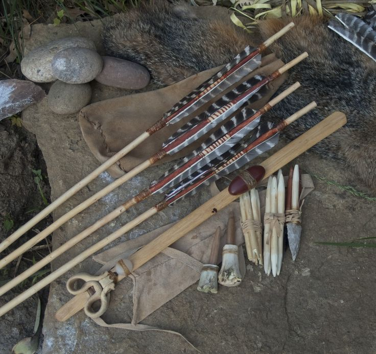 Indian Wilderness Survival Skills: Broken Roof Cave Atlatl Set