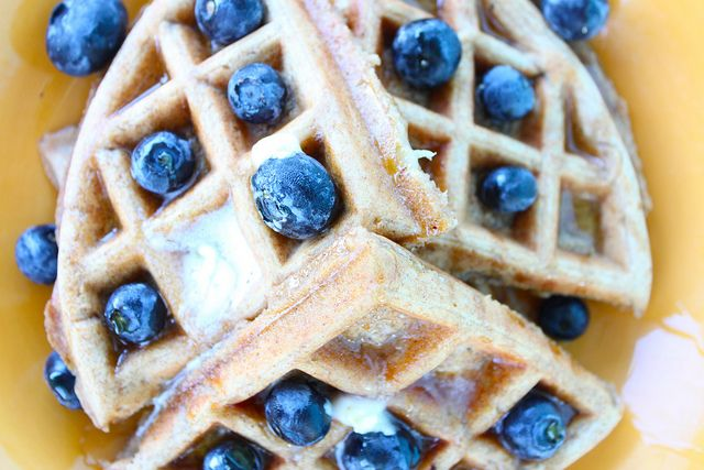 Whole Wheat Peanut Butter Banana Waffles- made these this morning and ...