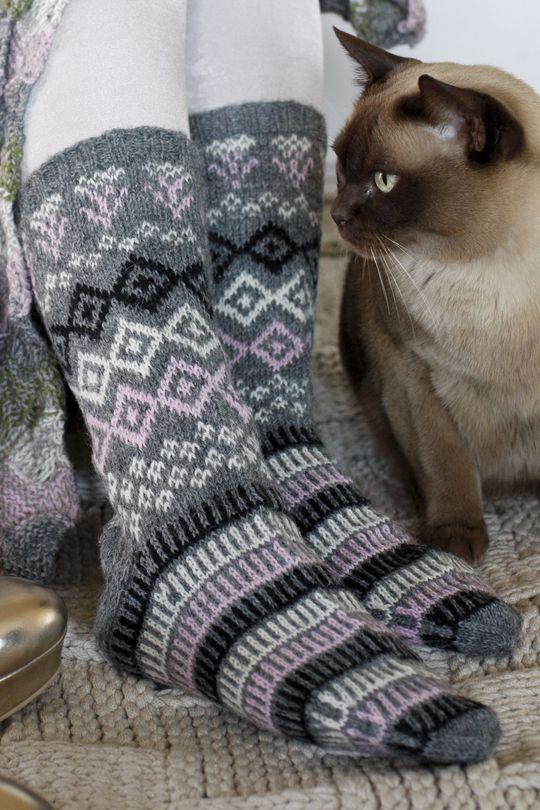 Naisen kirjoneulesukat Novita Pikkusisko | Novita knits