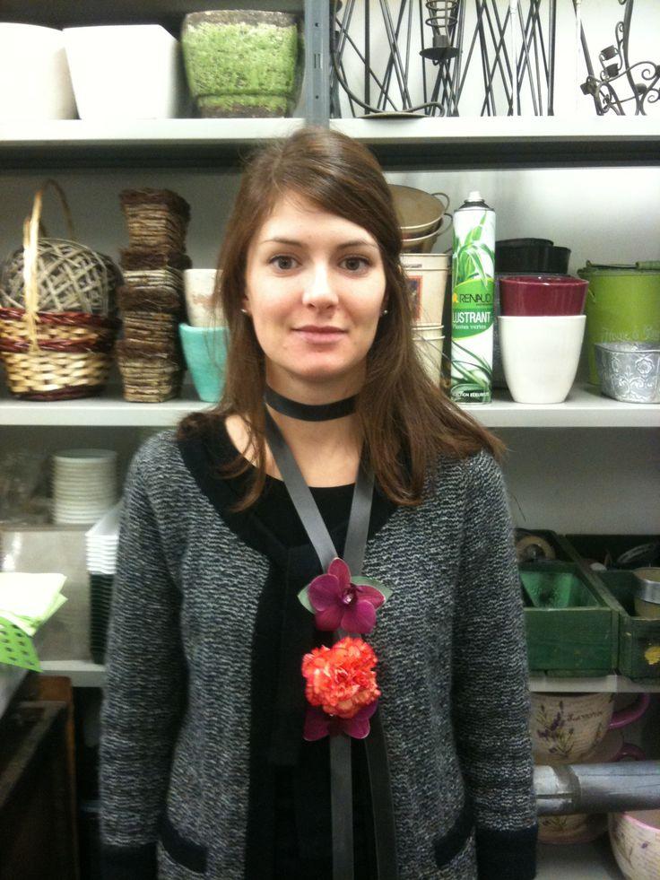Atelier floral - Aquarelle.com Apprenez à réalisez des bijoux en fleurs !
