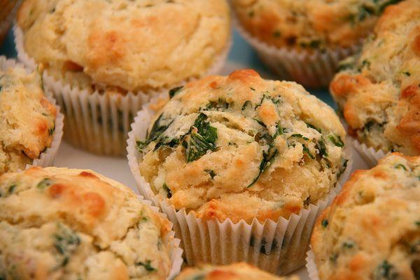 Muffin salati con ricotta e spinaci