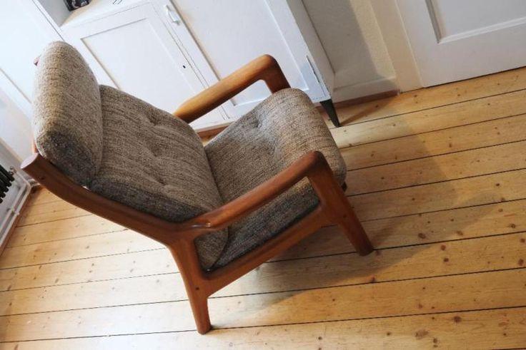 Wir bieten insgesamt zwei sehr gut erhaltene schwere Teak Hochlehner an. Die Sessel sind ungemarkt,...,Filtrart 60er Jahre Teak Sessel Dyrlund? Design Arne W.Iversen in Hessen - Oberursel (Taunus)