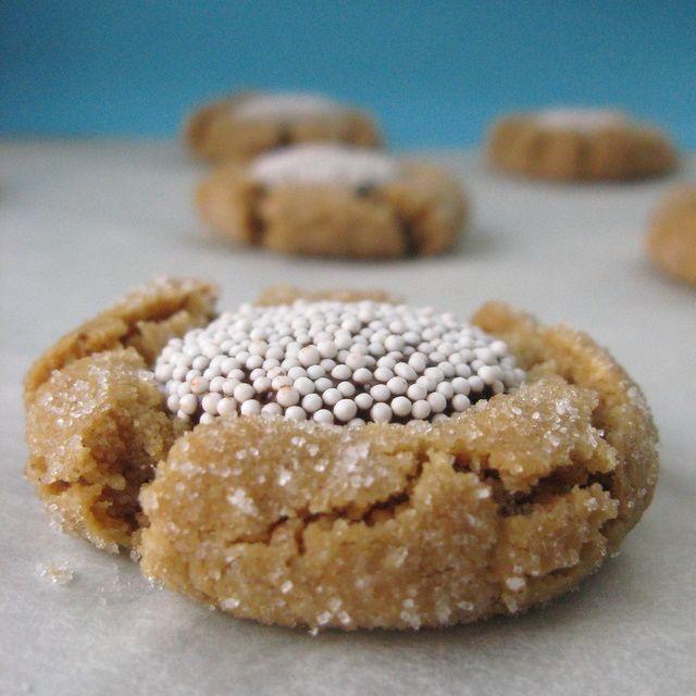 Peanut Butter Peck Cookies (gluten-free, vegan version)