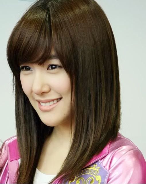 cute medium straight korean hairstyle